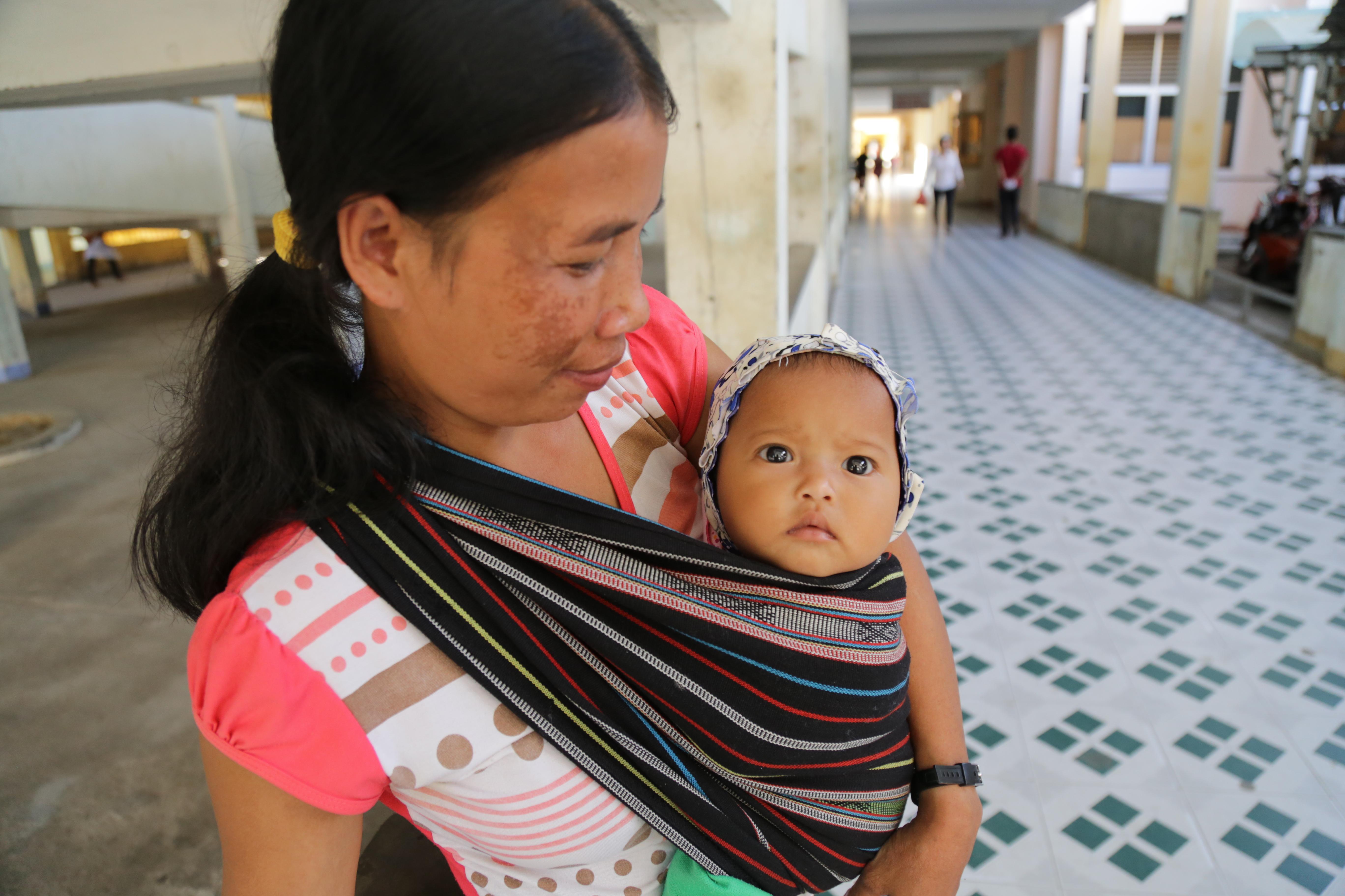 UNFPA hỗ trợ Việt Nam ứng phó với dịch COVID-19